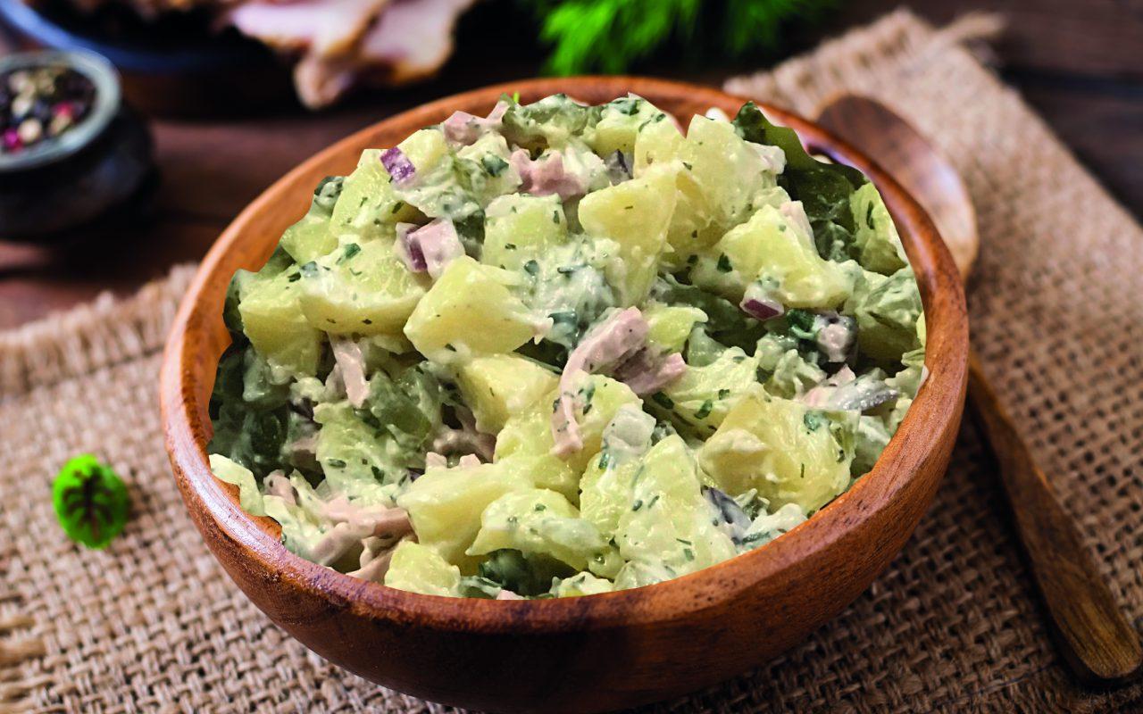 Bild eines frisch zubereiteten Original-Thüringer-Bratwurst-Kartoffelsalat-Rezept